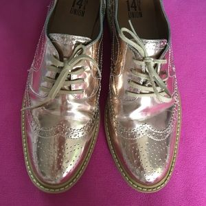 Rose gold Oxford shoes